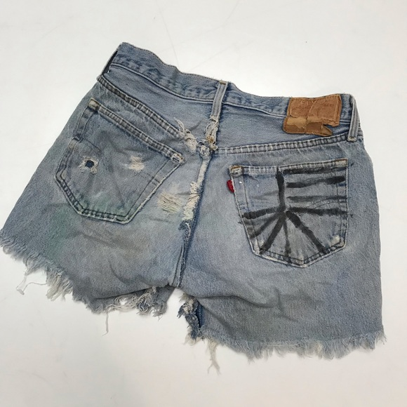Levi's Pants - Levi's high waisted cutoff jean shorts 28